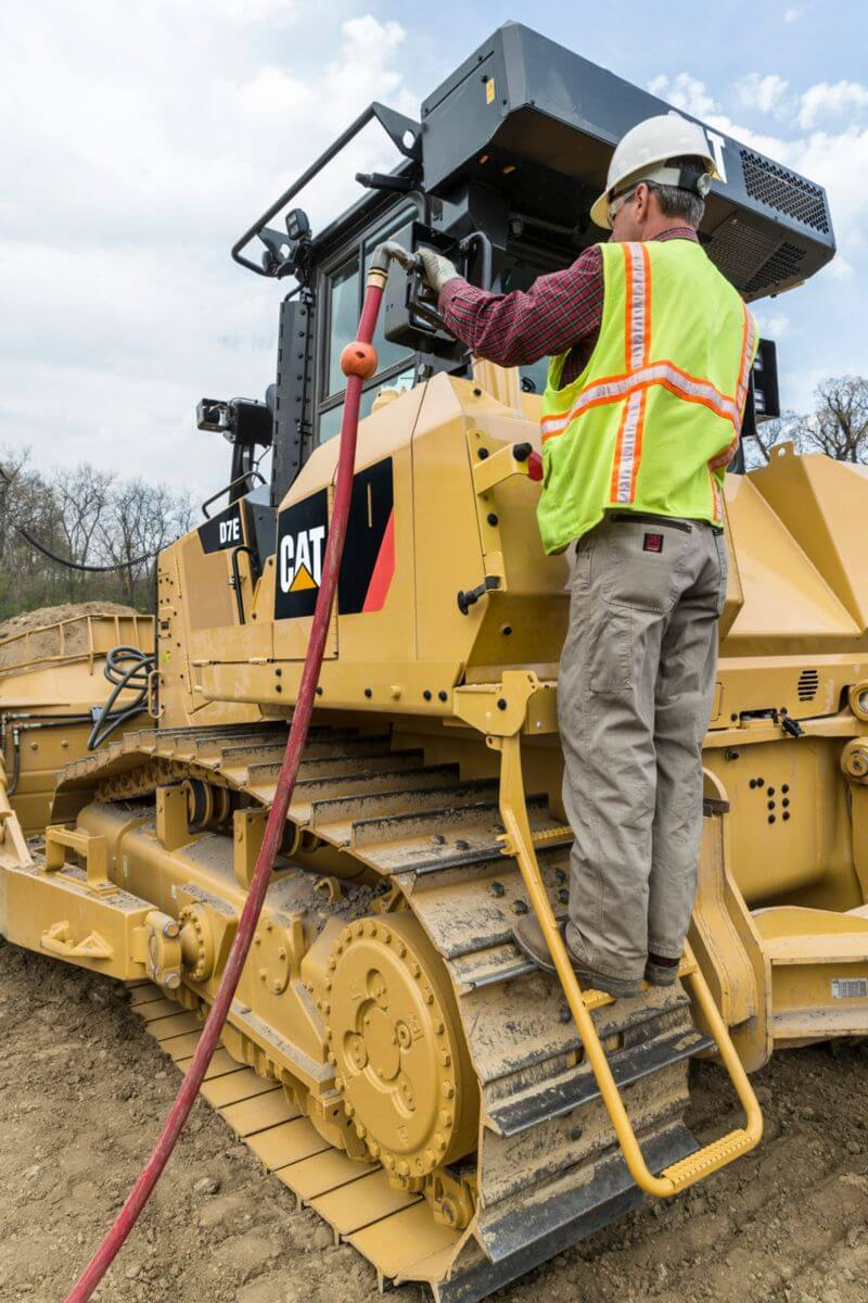 D7E Dozer Serviceability and Customer Support