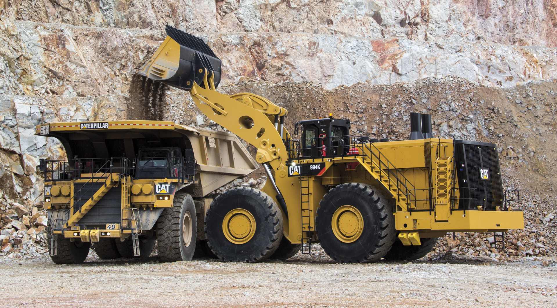 Cat 994K Wheel Loader loads Cat 793F Mining Truck.jpg