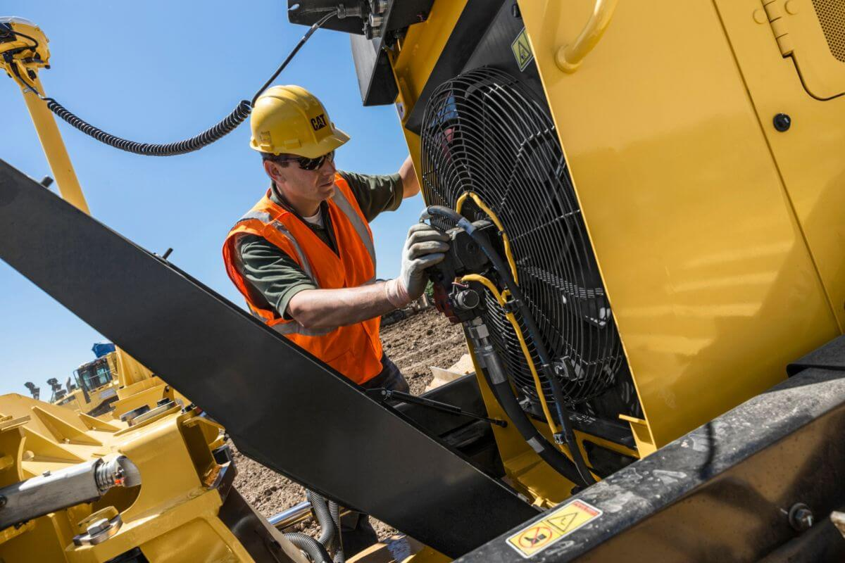 D6K2 Dozer Serviceability and Customer Support